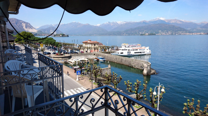 Вид из окна номера 418. Hotel Simplon, Стреза, Италия. 2018