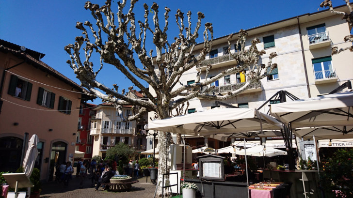 Центральная площадь города Стреза. Италия, 2018